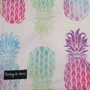 Pineapple Multifunctional Cover (Tony & Mei)
